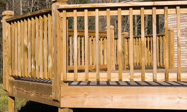 Custom Wood Deck Builder in Union County, New Jersey.